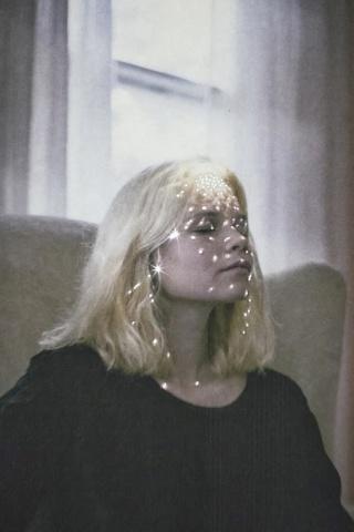 Molly Strohl by Entre y Salga Star Dust Polvo de Estrellas